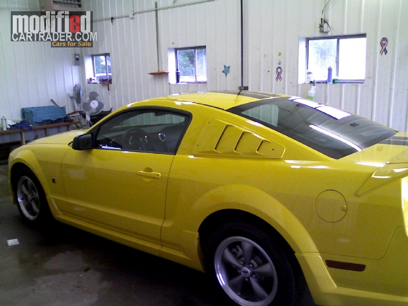 photos 2005 ford roush stage 1 mustang gt for sale. Black Bedroom Furniture Sets. Home Design Ideas