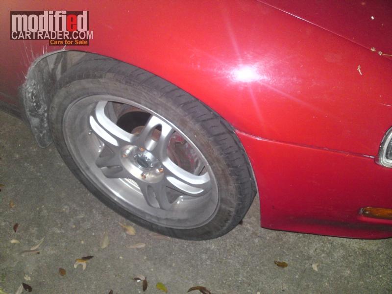 What is Four Wheel Steering?