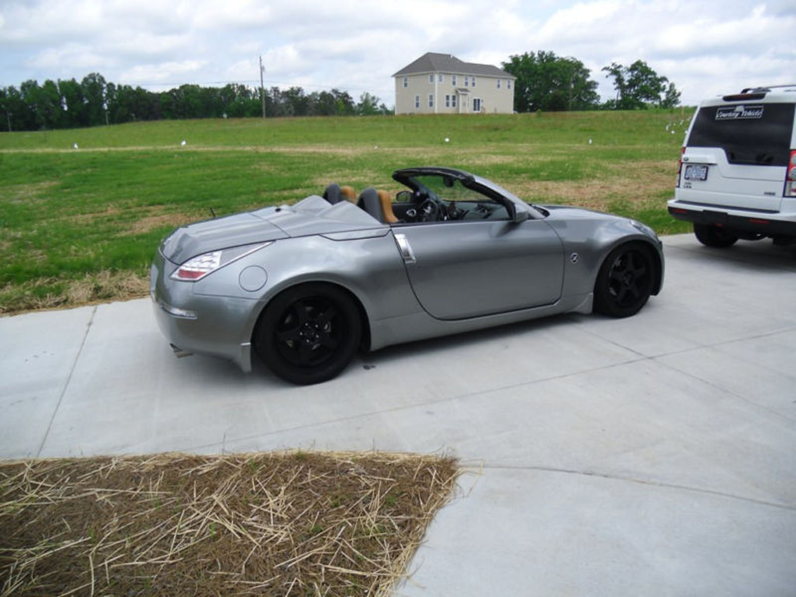 Nissan 350z Convertible Modified