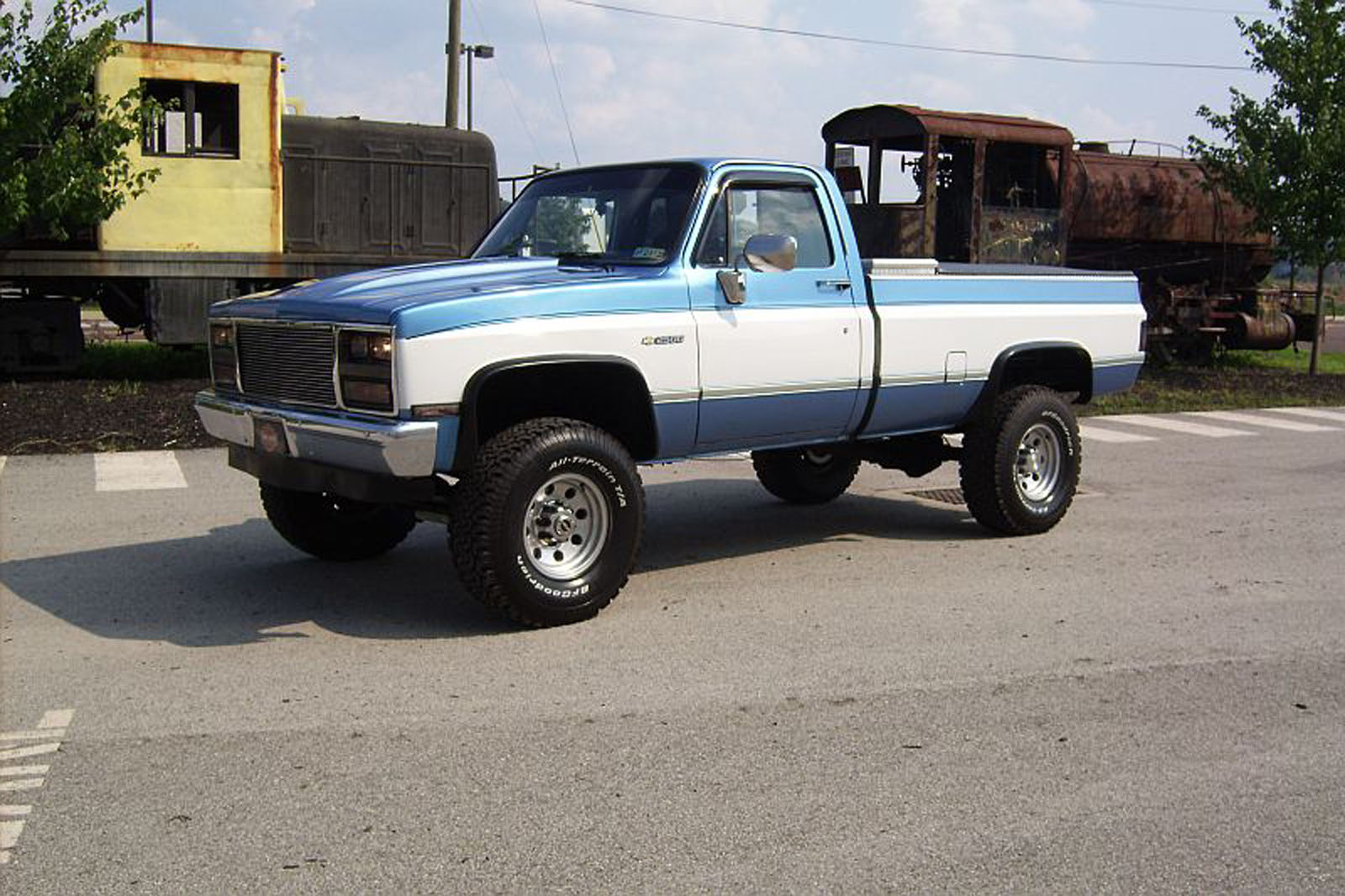 1984 Chevy Truck Lifted