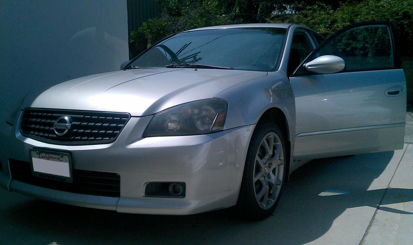 Custom 2005 Nissan Altima Parts