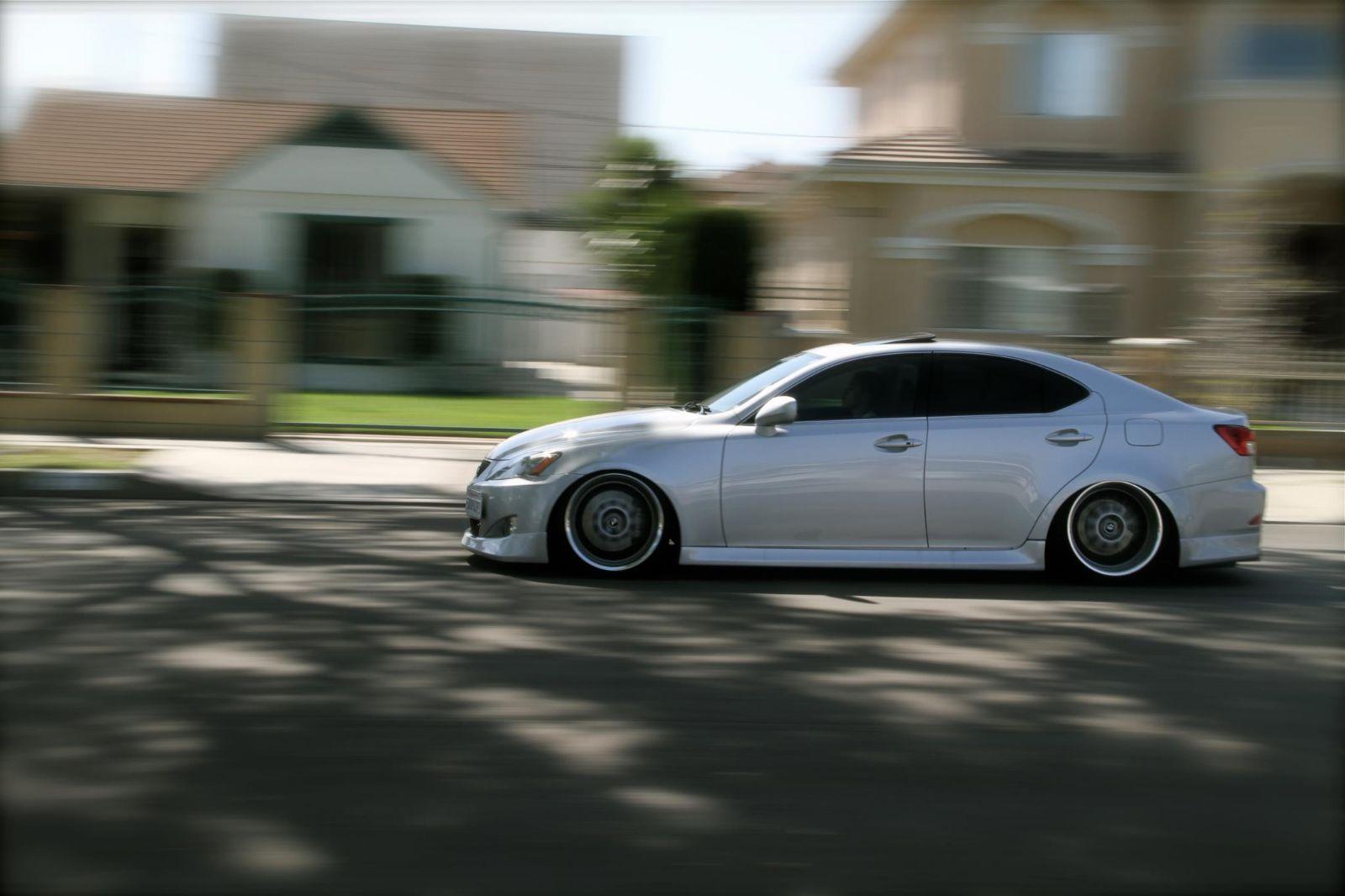 http://img.modifiedcartrader.com/uploaded/XL/2012/11/Lexus-IS-350-for-sale-custom-32040-944954.jpg