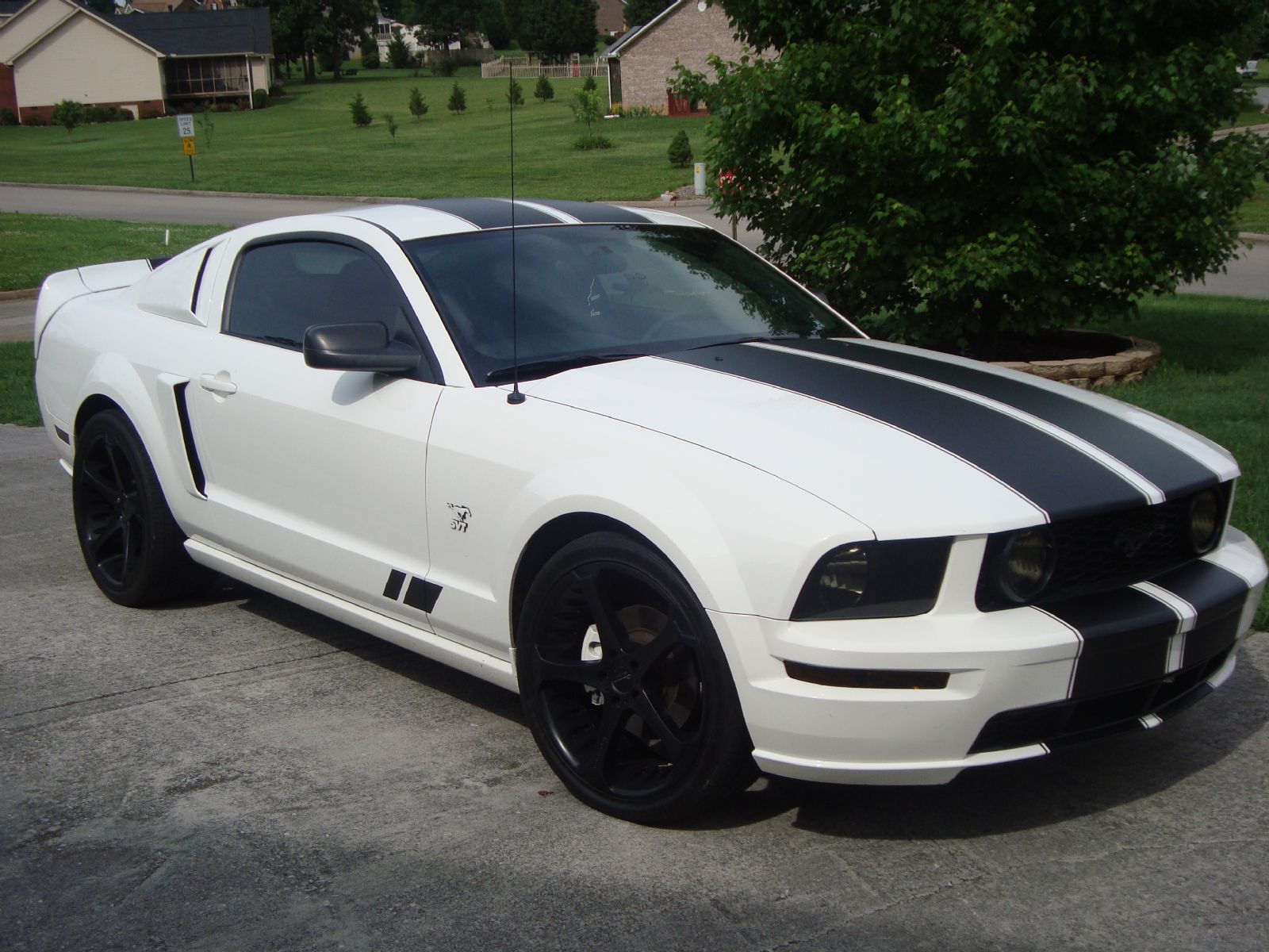 2009 ford s197 pony mustang gt for sale seymour victoria. Black Bedroom Furniture Sets. Home Design Ideas